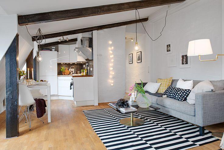 Kök och vardagsrum i trevlig öppenhet //ครัวและห้องนั่งเล่นเปิดกวางถึงกัน