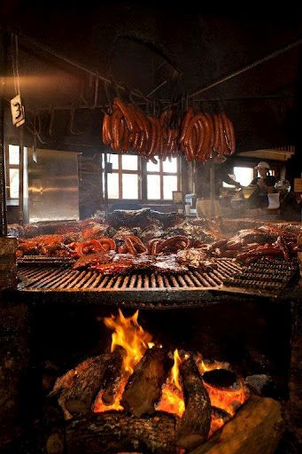 """""""Only Open Pit in the USA!"""" Photo courtesy and copyright Salt Lick Bar-B-Que in Driftwood, Texas"""