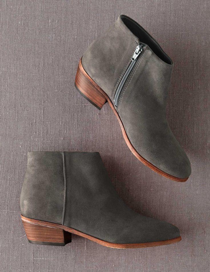 Neutral low-heel booties - a wardrobe staple of mine in NYC