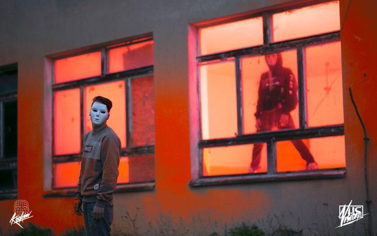#vaporwave #vhs #vhsclothes #vaporwaveclothing #webpunk #streetwear #fashion #clothes #80's #90's #cyberpunk #kodxinv #kodxinvwave