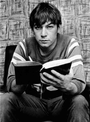 Eric Burdon at home, Wallsend, England 1967  © IAN WRIGHT