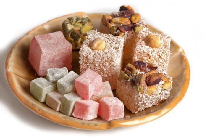 """Этому десерту уже несколько сотен лет! """"Рахат лукум"""" в переводе - """"кусочек удовольствия"""". Приятного вам вечера)"""