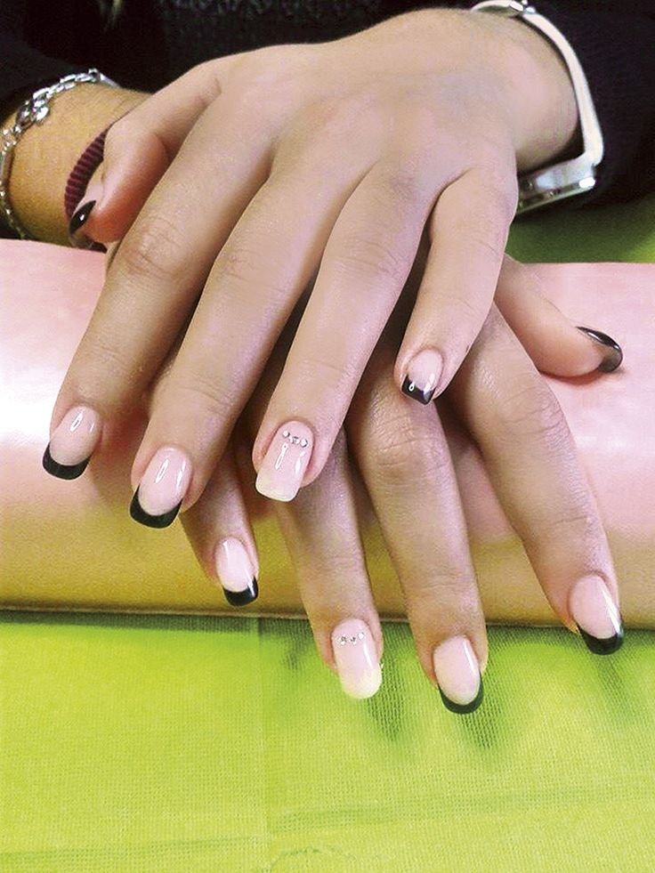 #French #manicure by Trebosi #spring #nailart #nail #romantic
