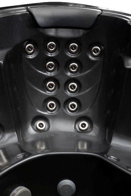 "Dynasty "" Hot Tubs '' inhttp://www.hottubsuppliers.com/ (17)"