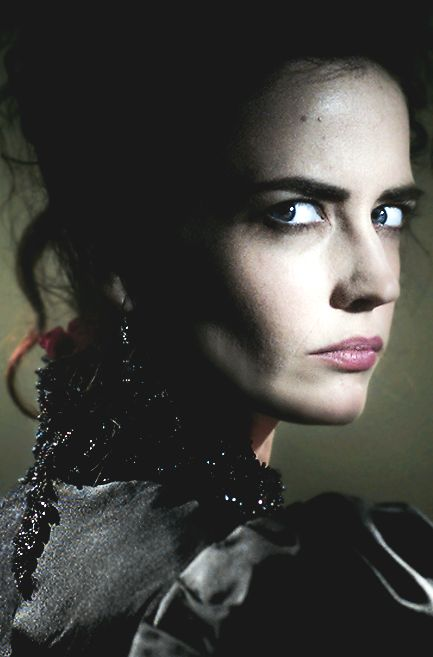 """To be beautiful is to be almost dead, isn't it?"" ""Ser hermoso es estar casi muerto, ¿no es así?"" — Vanessa Ives"
