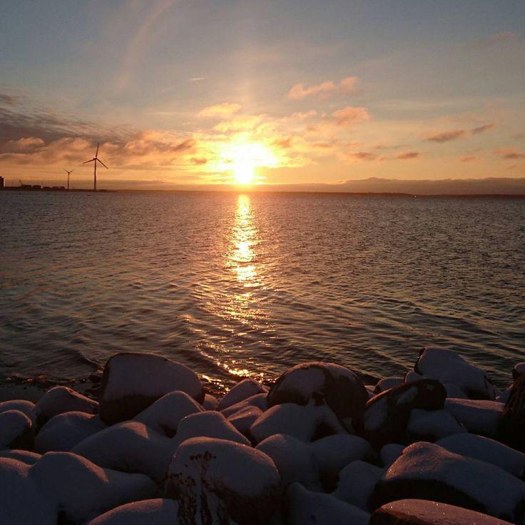 Bye bye, until we meet again!   #sunset #nallikari #sea #missmybaby