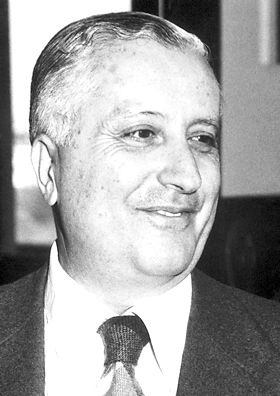 """Ilya Prigogine, The Nobel Prize in Chemistry 1977: """"for his contributions to non-equilibrium thermodynamics, particularly the theory of dissipative structures"""", chemical thermodynamics, physical chemistry"""