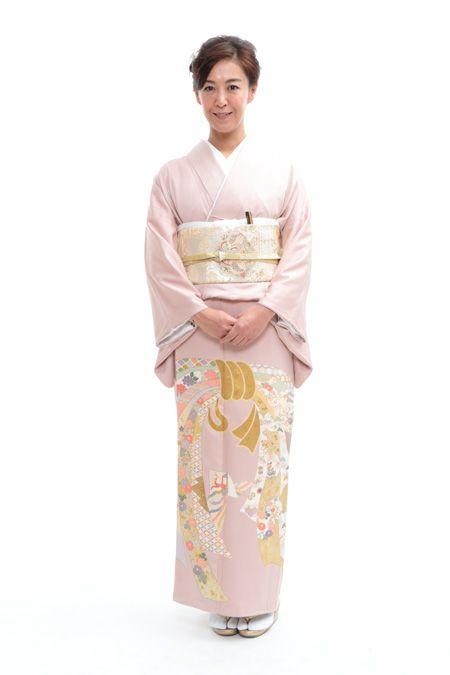 色留袖レンタル 0J7A1770 ウェディングドレスのレンタルなら大阪ピノエローザへ