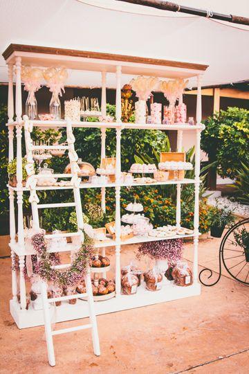 Candy Bar en blanco y tonos emplovados inspiración vintage - TELVA: