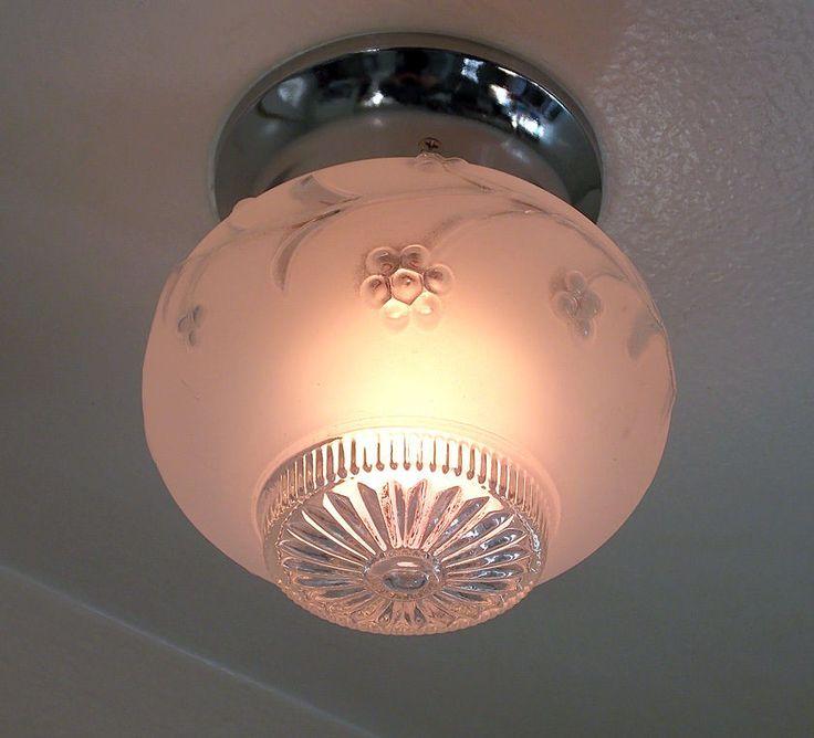 The vintage light globes should