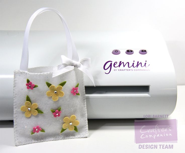 Designed by Lori Barnett. @CraftersCompUS Gemini Die-cutting and Embossing…