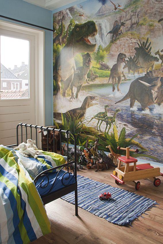 Binnen kijken bij Caroline - Onze Suus Magazine #dinosaurus kamer