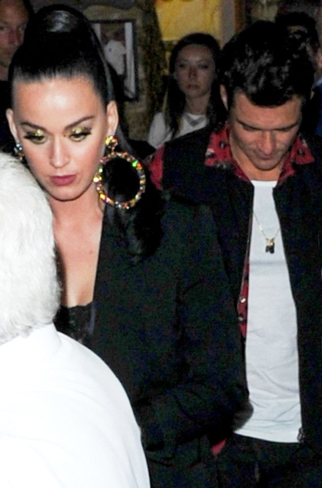 Katy Perry and Orlando Bloom Enjoy Romantic Dinner Date in Cannes | E! News