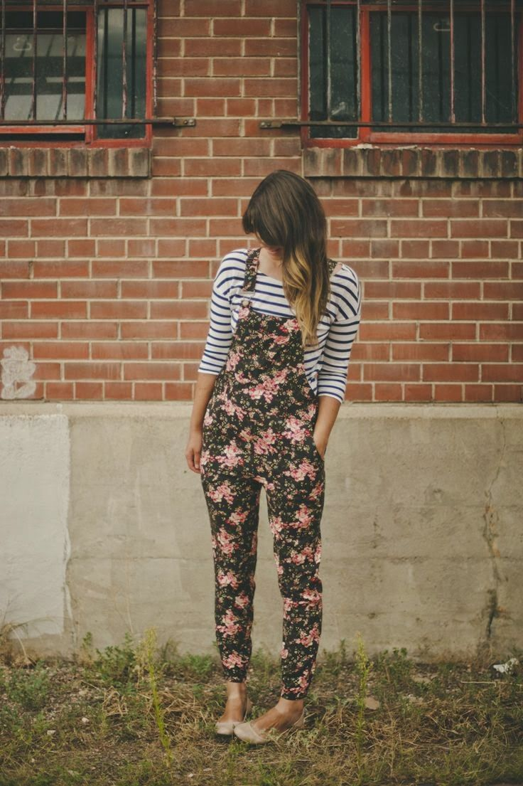 Floral dungarees with a striped long sleeve tee. Shouldn't work but totally does. Good if you're a beanpole!