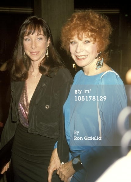 Actresses Shirley MacLaine and her daughter Sachi Parker.