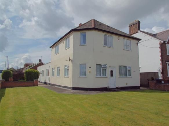 3 bedroom flat for sale - Charnwood Court, 268 Leicester Road, Markfield, Leicestershire   #coalville #property https://coalville.mylocalproperties.co.uk/property/3-bedroom-flat-for-sale-charnwood-court-268-leicester-road-markfield-leicestershire/