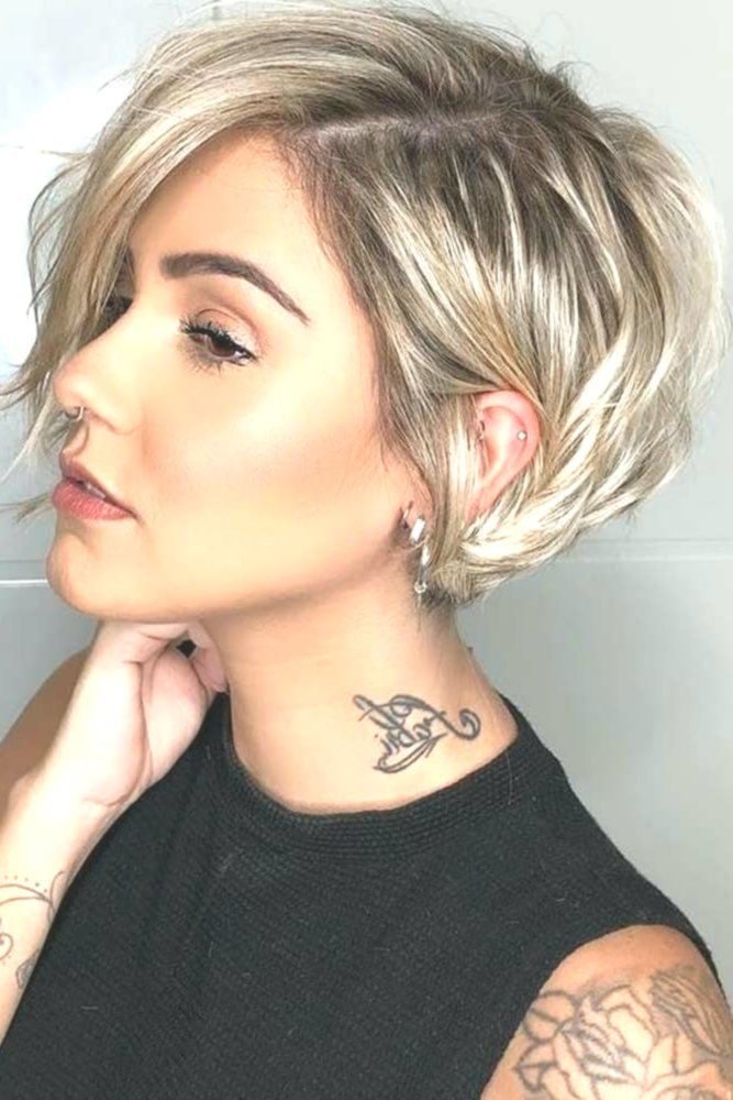 side parted layered pixie bob #layeredhaircuts #