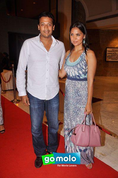 Mahesh Bhupathi & Lara Dutta at the Premiere of Hindi play 'The Jury' at NCPA in Mumbai