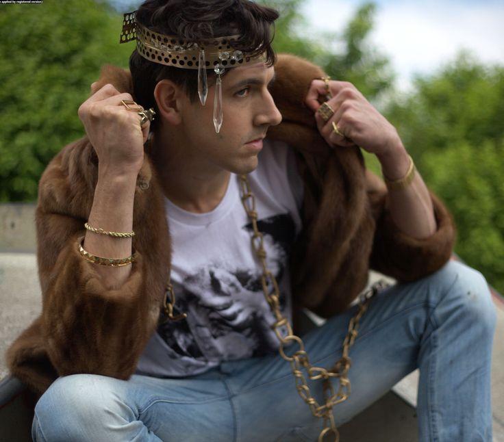 hair&makeup: insa eggeling/bonnycrockett stylist: hannes gade model: daniel gillard photographers: nick & momoh