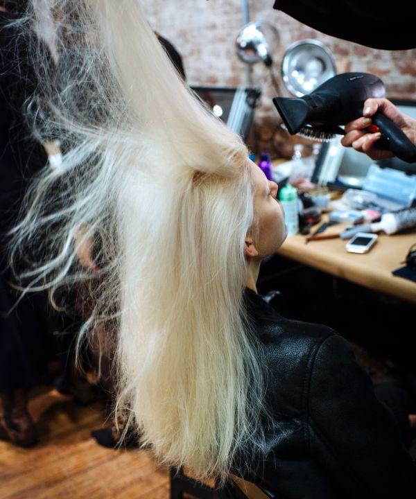 How To Bleach Hair At Home - Blonde Hair Tips