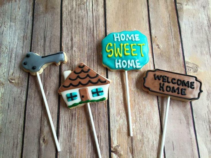 @CookiesByLeah - Housewarming cookies