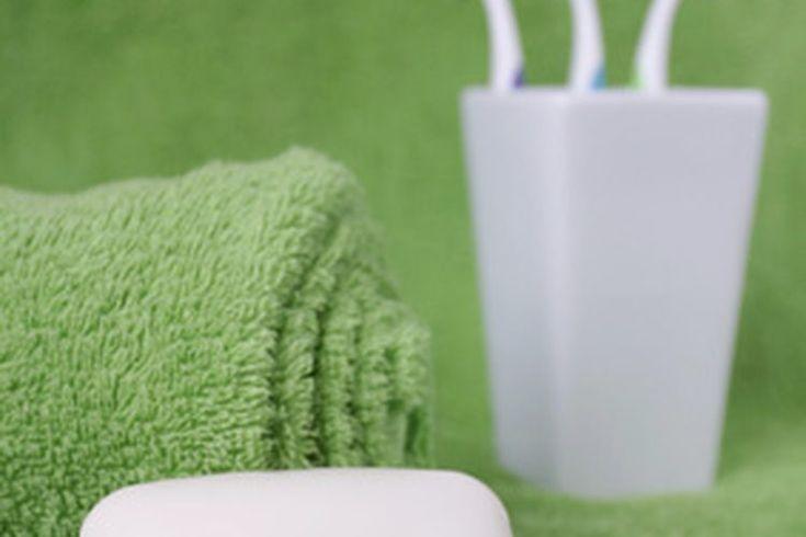 Factores que afectan la higiene personal. La buena higiene, o limpieza personal, no sólo ayuda a mantener una imagen saludable de ti mismo, sino que también es importante para prevenir la propagación de infecciones y enfermedades. De acuerdo con su libro de texto de enfermería