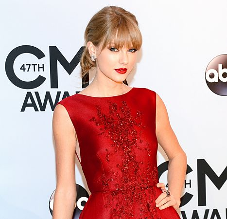 Taylor Swift Named Next of Kin by Pilot Who Died in Plane Crash - Us Weekly