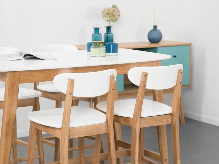 RADIO Barbord + 4 Barstolar Ek/Vit - Retrodoftande möbler med god funktionalitet för en vettig peng!