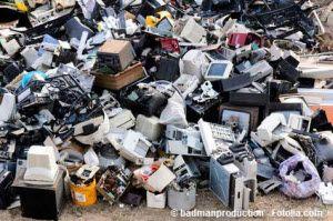 Der #Müll und die #Dummheit der #Wähler - #Andreas #Unterberger sagt's unverblümt. Es ist eine mehr als gute Nachricht. Und doch belebt sie alten Ärger wieder. Inhalt: Die #Müllentsorgung ist für viele #steirische #Gemeinden um fast die Hälfte #billiger geworden.
