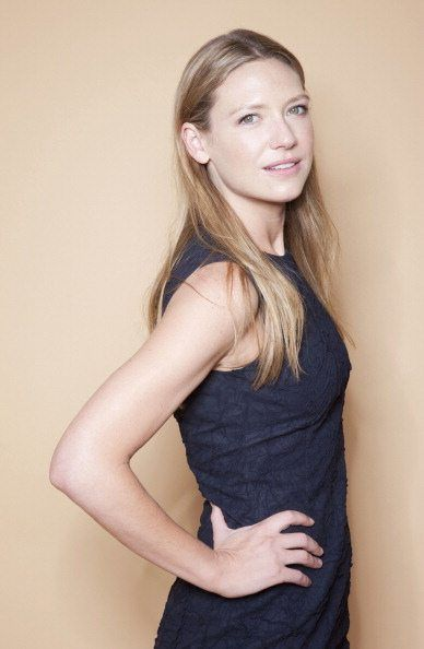 Session 033 - 33-003 - Anna Torv Net Gallery | Anna Torv Fansite