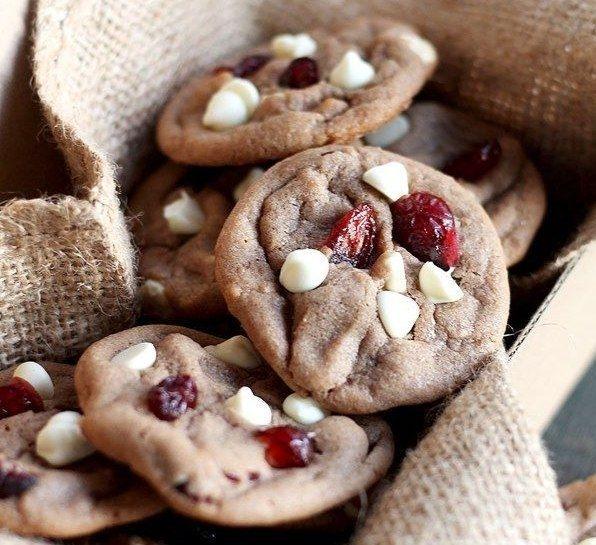 Как приготовить овсяное печенье с изюмом и орехами - рецепт, ингридиенты и фотографии