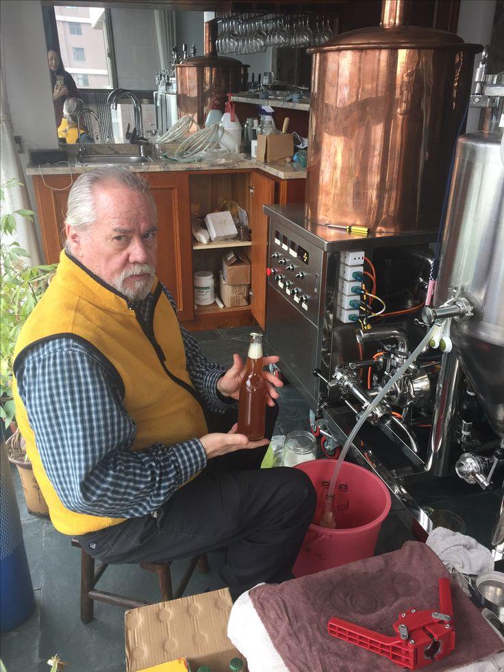 APA bottling day. Buck Henry Pale Ale.