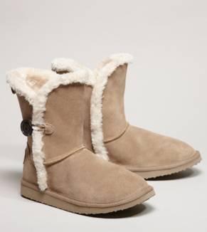 AEO Button Warm & Fuzzy Boot
