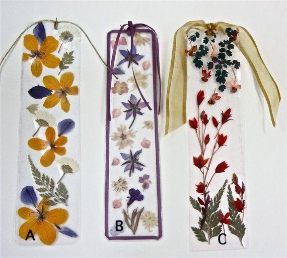 Guardar en conjunto de marcador de flor prensada delicadas