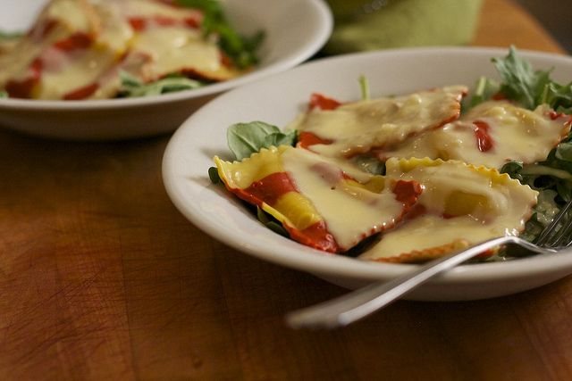 Very Easy Cream Sauce Recipe - I served Drake's Lobster Ravioli in this sauce and it was wonderful!    (Lobster Ravioli in a Light Cream Sauce by Laura Pants, via Flickr - Laura used it withTrader Joe's Lobster Ravioli.)