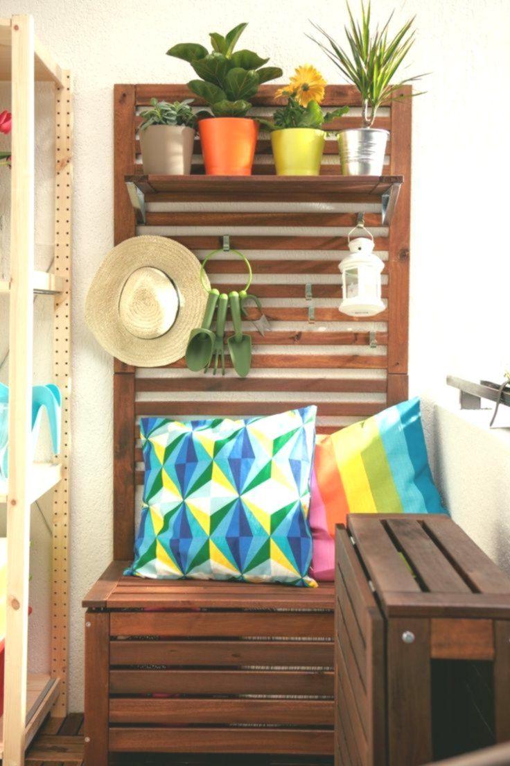 Sitzbank Und Pflanzregal In Einem Klappbarer Holz Tisch