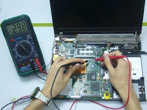 #Reeboot, a leading #ComputerRepairCenter in #Kolkata we repair all types of laptop and computers. For many years, we have been providing professional and economical Computer, Laptop Repair services to home users.