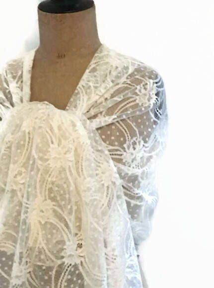 Etole mariage dentelle de calais écru ideale mariée mariage baptême cérémonie style vintage de la boutique Ocelyane sur Etsy