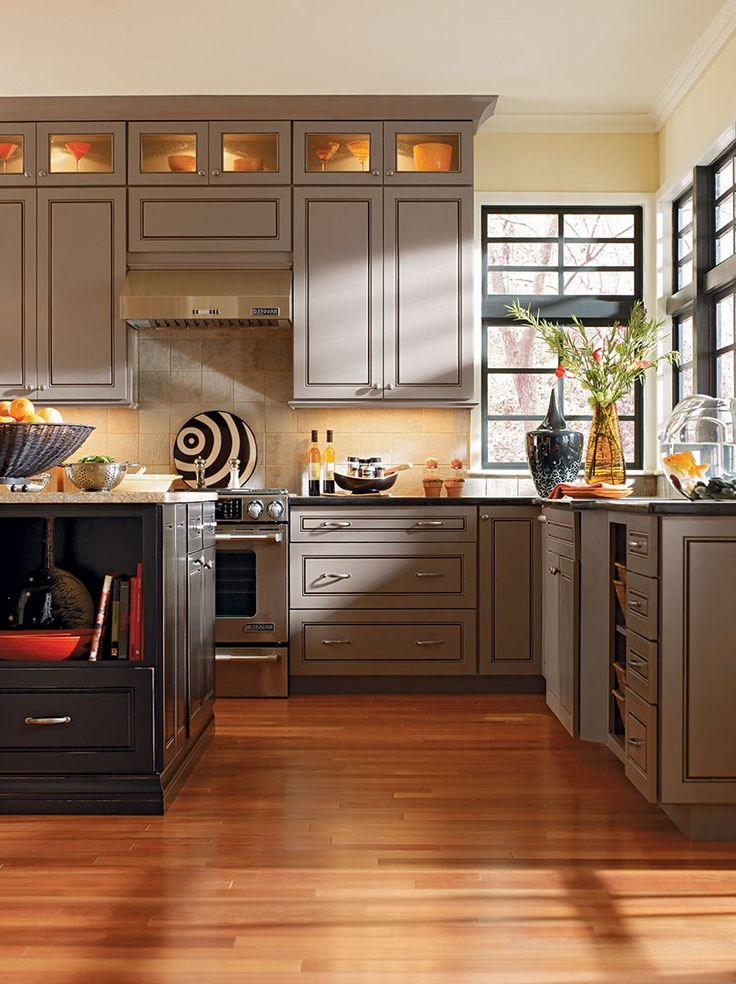 Best When Planning Out Your Lower Cabinetry Placement Consider 400 x 300