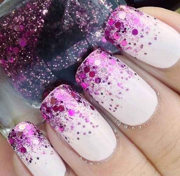 Do you love sparkly nails - learn how to create glittery nails from the best #nailart tutors http://bit.ly/nailsuk