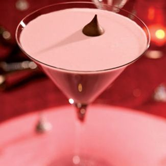 French Kiss Cocktail...mmm...!Valentine'S Day, Cocoa, Cocktail Recipes, Valentine Day, French Kisses, Hershey Kisses, Drink Recipes, Cocktails Recipe, Drinks Recipe