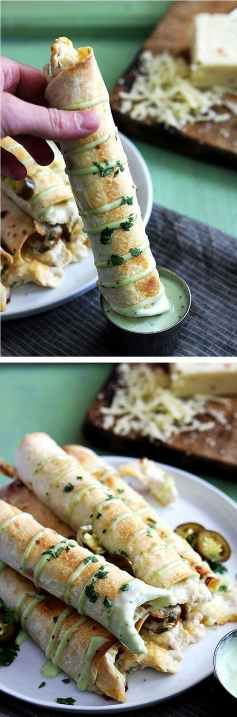 Slow Cooker Jalapeno Popper Chicken Taquitos | Creme de la Crumb