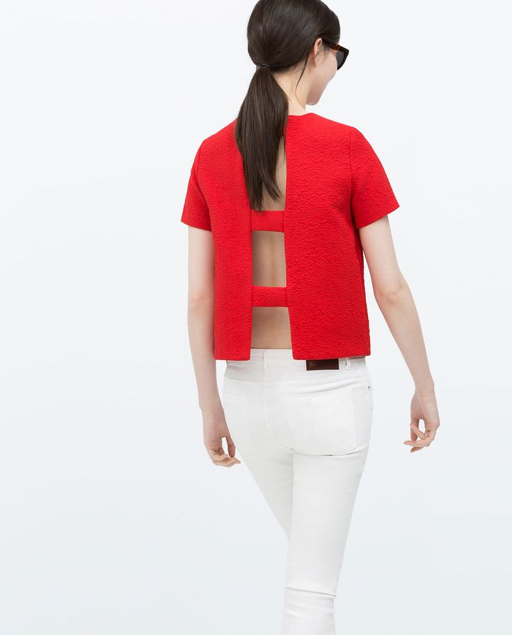Image 4 of STRAPPY JACQUARD TOP from Zara