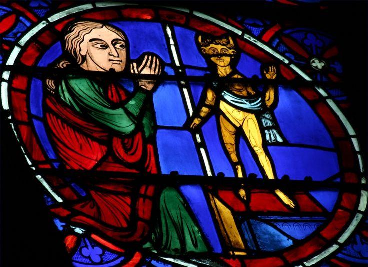 Rosace ouest de la cathédrale Notre Dame de Paris, vitrail de l'idolatrie