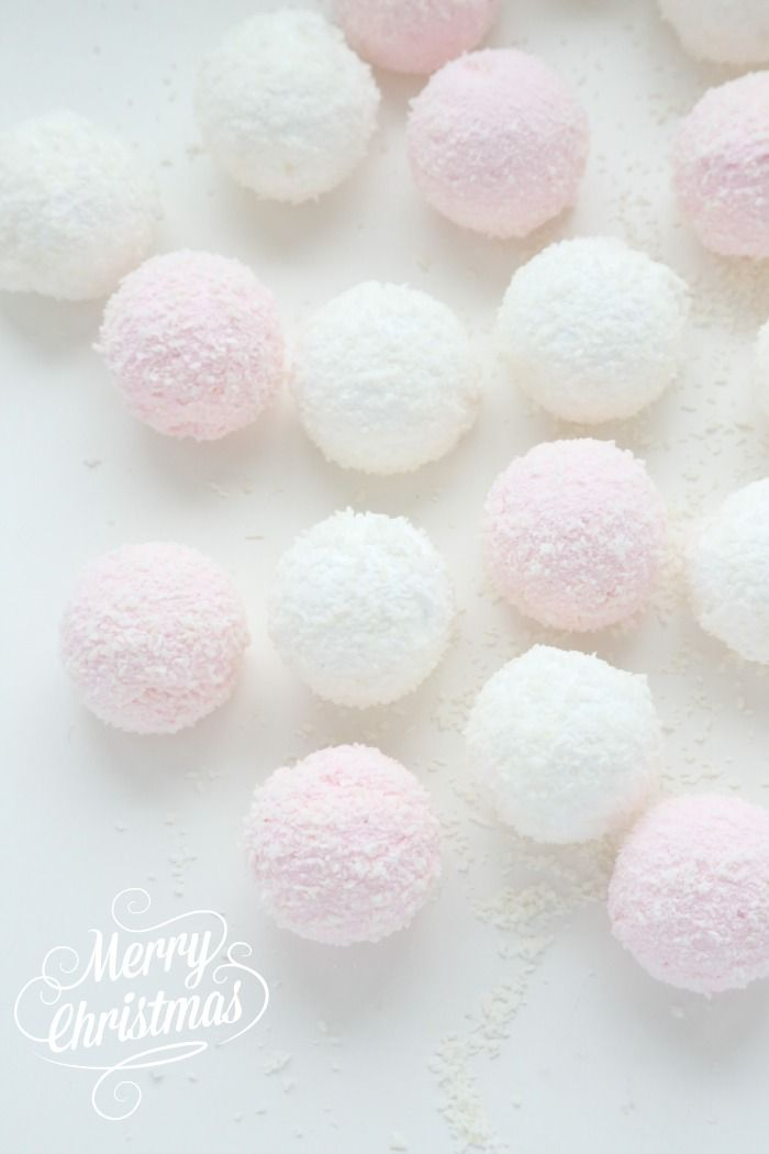 Hello everyone, I hope you are all well. I love to make and to eat marshmallows at Christmas time, and these Christmas mallows also make a great little gift. Here is the recipe, enjoy! Christmas Ma...