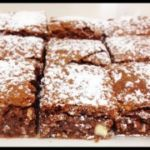 Top Deck Chocolate Slice (quick and easy!) - Bake Play Smile