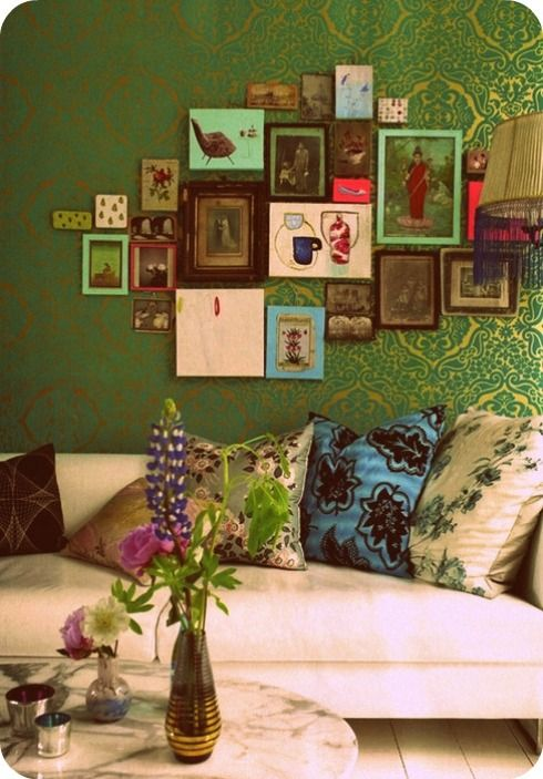 bohemian & crisp: Decor, Photo Collage, Idea, Living Rooms, Green Wall, Colors, Galleries Wall, Frames Collage, Pictures Frames