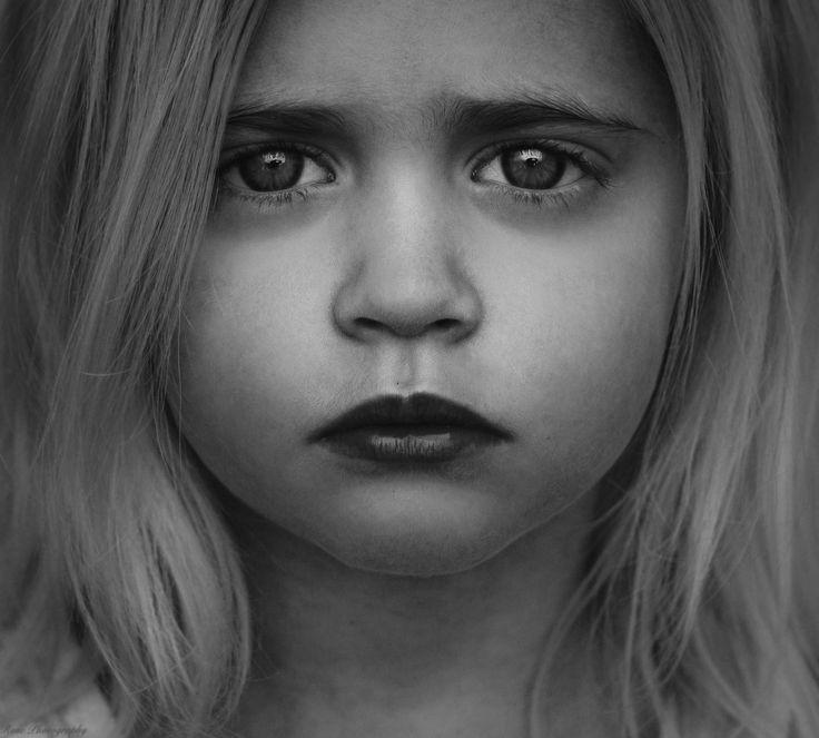 {Daylin} by Rosalie Van den Kerckhove