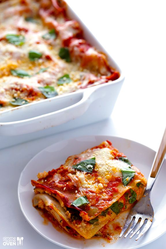 10-Minute Spinach Lasagna -- quick and easy to prep, and SO good!   gimmesomeoven.com #pasta