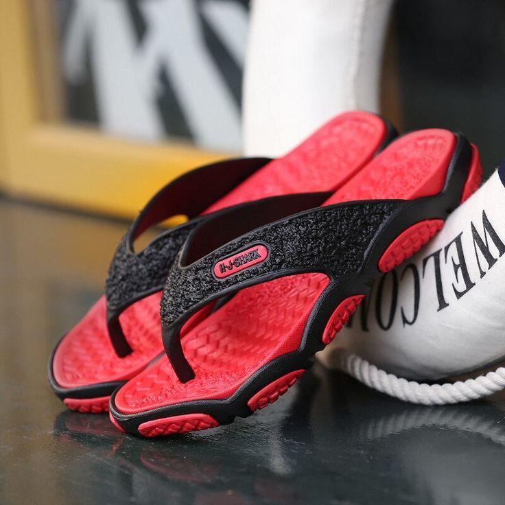Summer hot sale Men Designer Flip Flops Men Fashion Beach Shoes Lightweight Casual Slip-Resistant Sandals Slippers Breathable